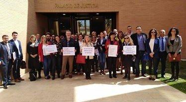activa orihuela abogados protesta
